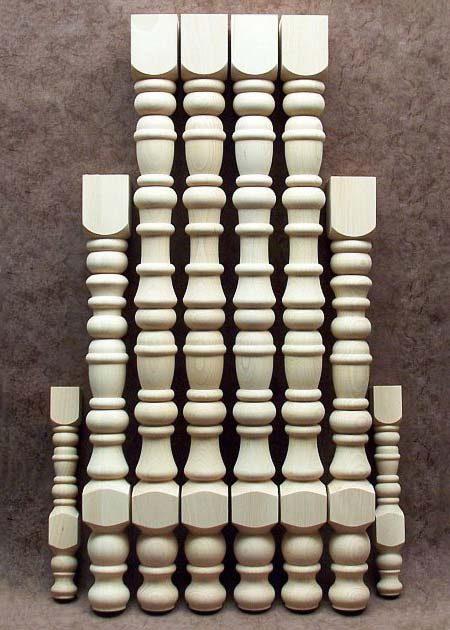 Pied de table en bois, decore de nombreux anneaux TL54